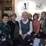 Rita Süssmuth mit einigen Puzzle-Frauen und CareMigration-Mitgliedern